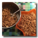 pour the oatmeal, nuts & cinnamon and stir